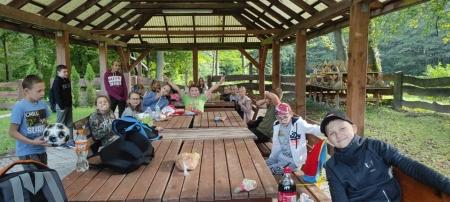 W poszukiwaniu leśnej kropki,  czyli Międzynarodowy Dzień Kropki klasy IV i V